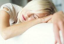 Sentir sono depois do almoço O que pode ser É normal