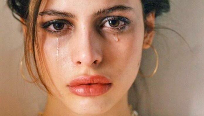 Olhos inchados: Por que os olhos incham quando choramos?