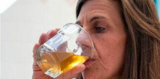 Urinoterapia: beber urina para curar e prevenir doenças