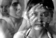 Falar sozinho é normal? Pode ser sinal de esquizofrenia?