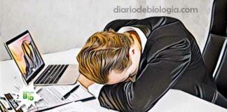 homem com sono excessivo